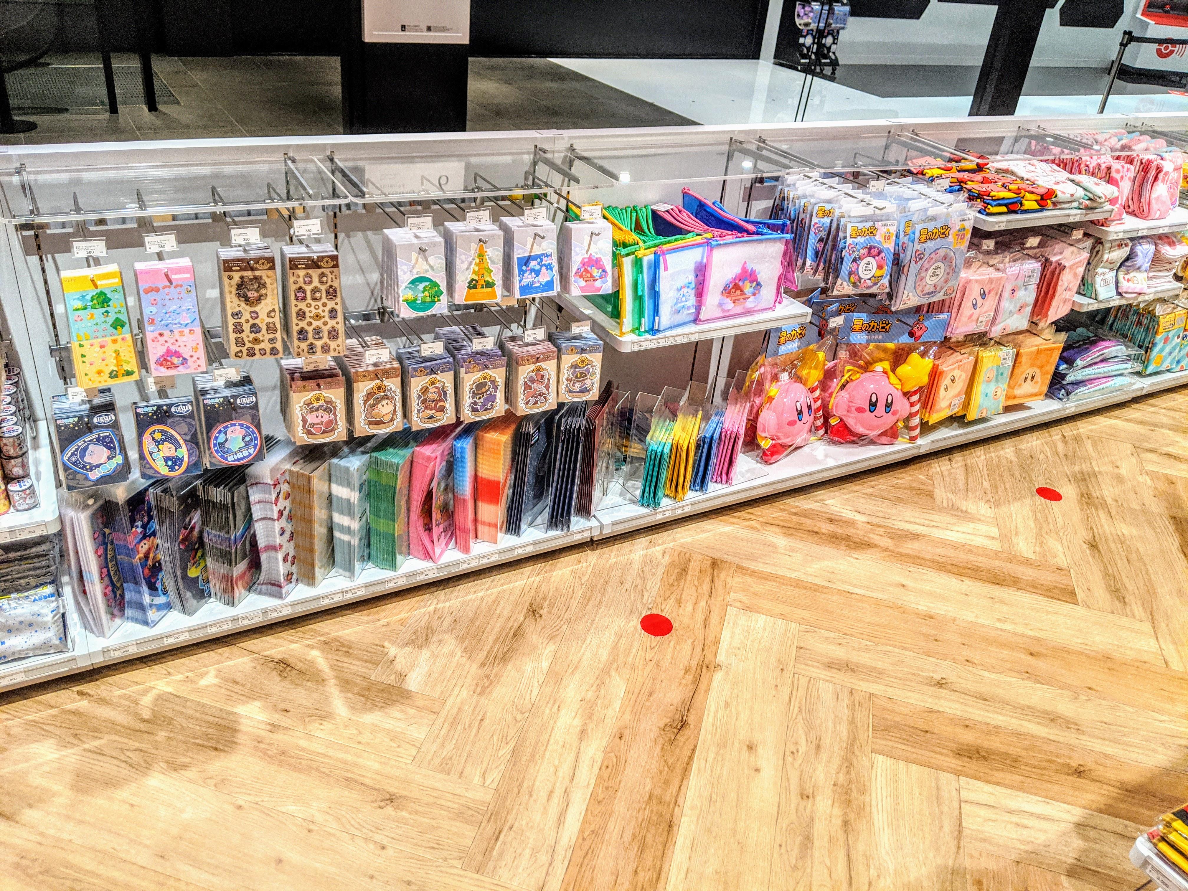 Nintendo TOKYO (任天堂)のカービィのグッズコーナー preview