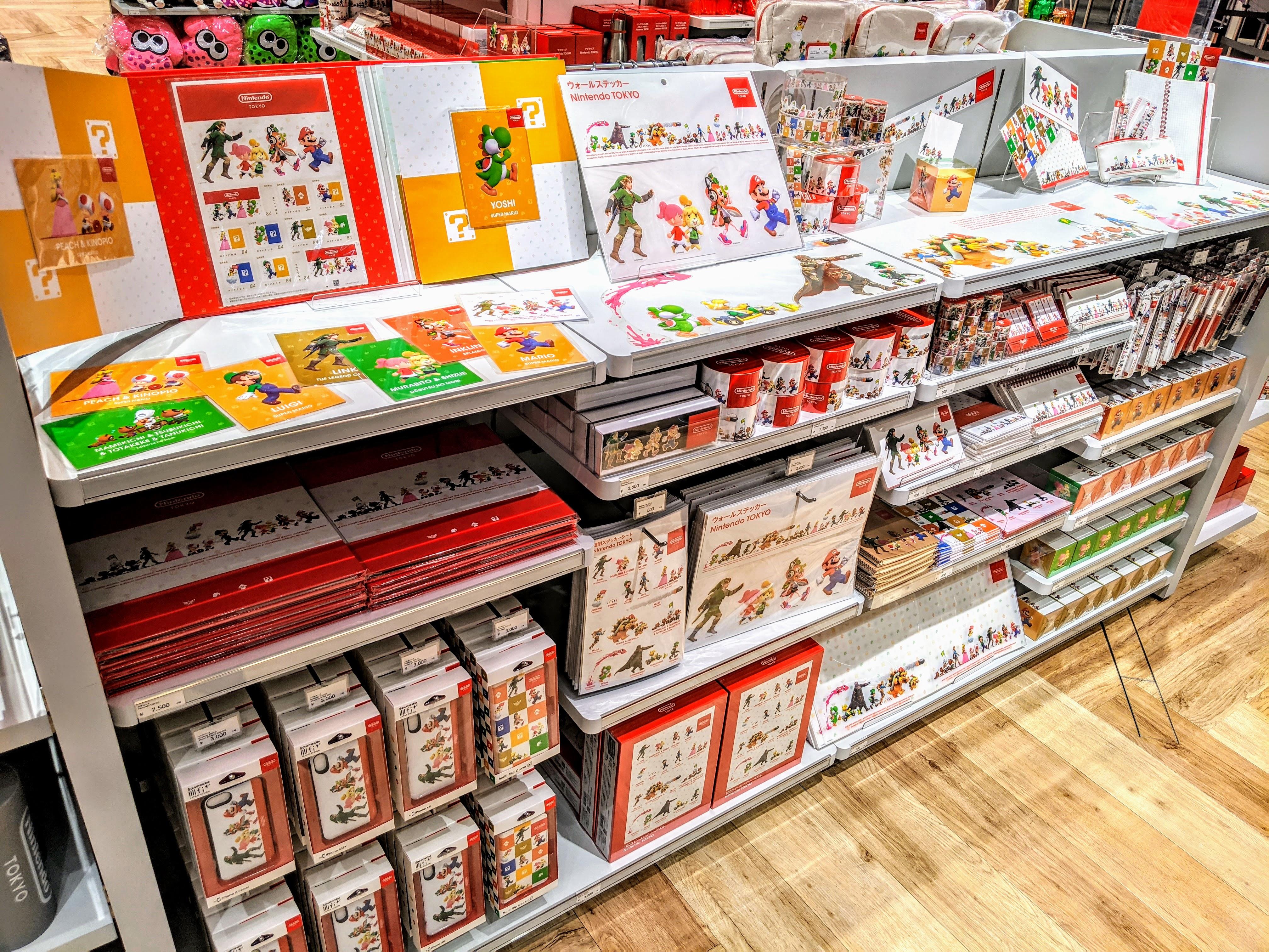 Nintendo TOKYO (任天堂)のオリジナルグッズコーナー preview