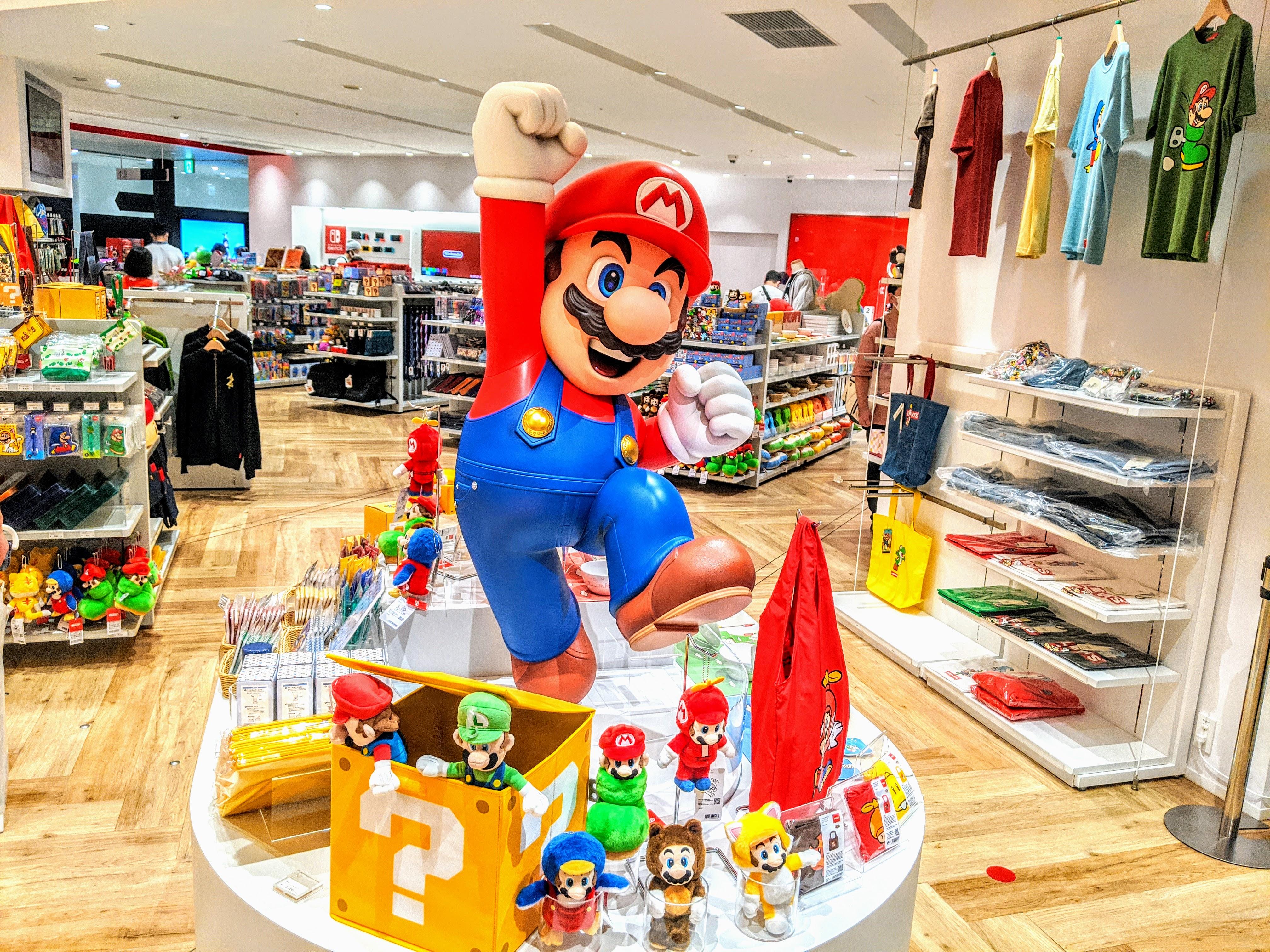Nintendo TOKYO (任天堂)のマリオグッズコーナー preview
